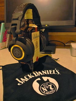 JACK DANIELS PRESENT HEADPHONE